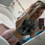 mia Profile Picture