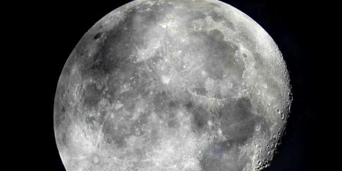NASA: c'è acqua sulla Luna ed è più accessibile del previsto