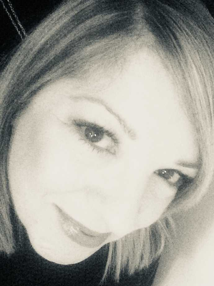 CrisPo Profile Picture